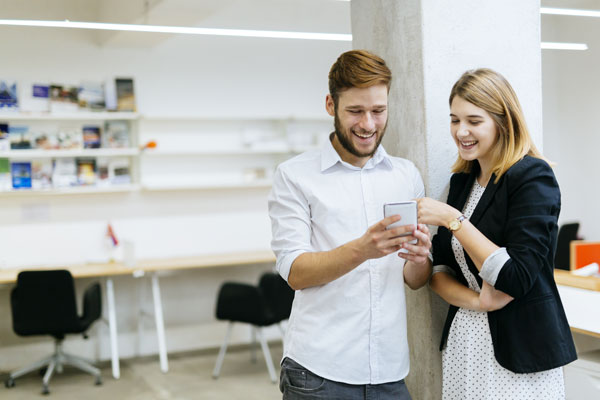 25 little things that make you happy at work
