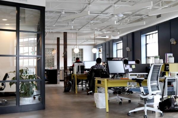 9办公室人体工程学提示,提高工作场所健康