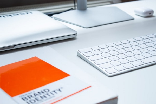 What is Employee Branding? And Why Your Company Should Invest in Employees